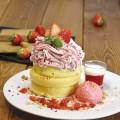 いちごのモンブランパンケーキ
